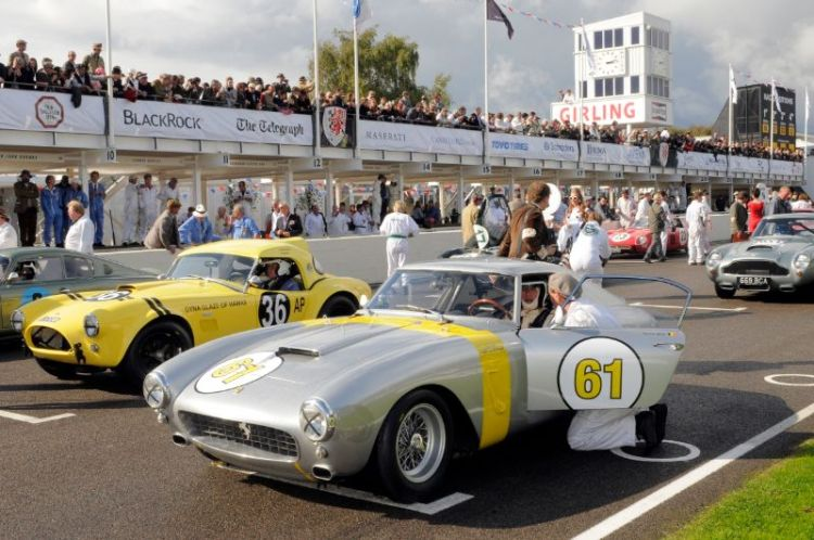 1960 Ferrari 250 GT SWB Competition - Vincent Gaye and David Franklin and 1963 AC Cobra - Bill Bridges and Brian Redman