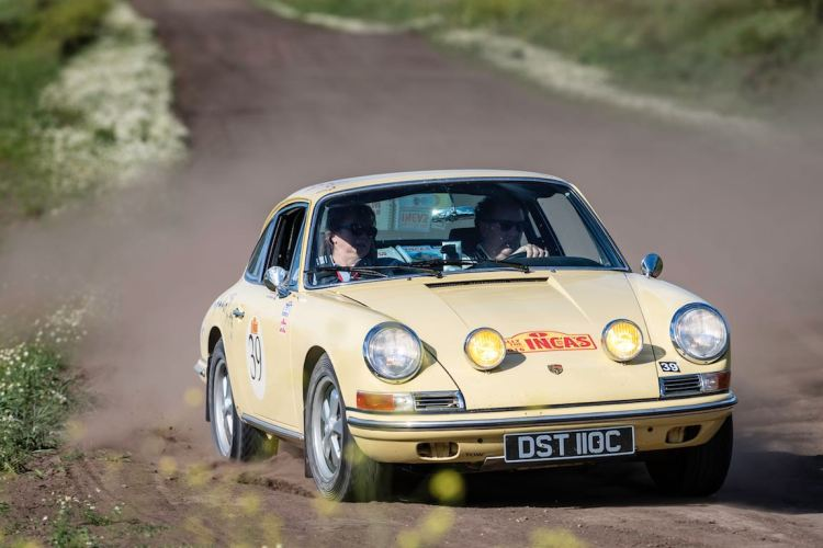 Car 39 Gavin Henderson(GB) / Diana Henderson(GB)1965 - Porsche 911, Rally of the Incas 2016