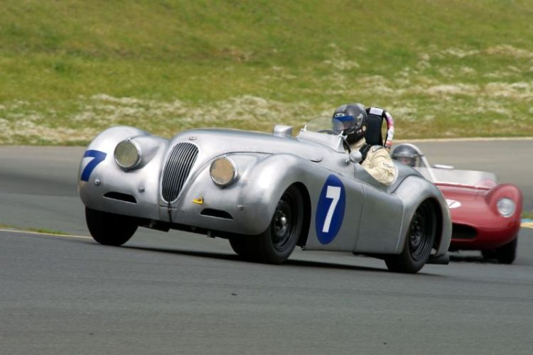 Friday afternoon practice. Group 1 Dave Olson in his Jaguar XK120.