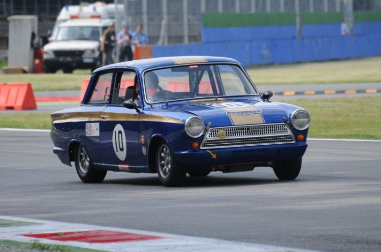 75-ford-lotus-cortina