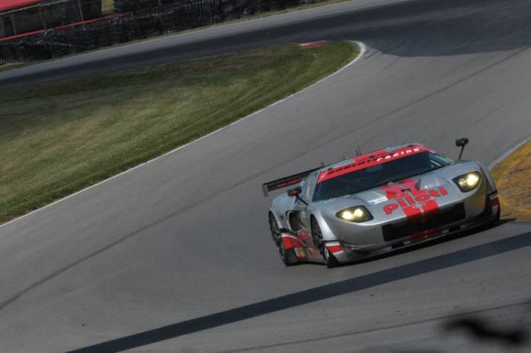 Andrea Robertson, 2006 Ford GT Mk VII.