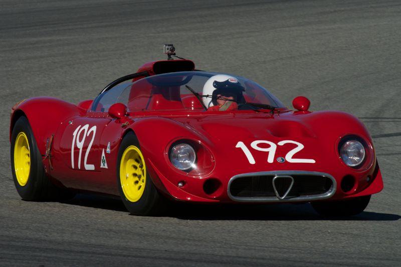 Joe Nastasi's Alfa Romeo T33-2 in turn two Thursday morning.
