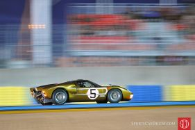 Readers chose Tim Scott's picture of the Ford GT40 at the Le Mans Classic as our best vintage car racing photo of 2012