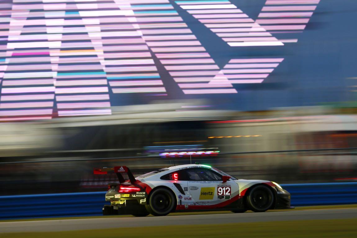 Porsche 911 RSR at Daytona 24 Hours (photo: Porsche)