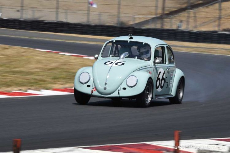 Steven Smith's 1965 Volkswagen Beetle during Portland Historic Races 2015