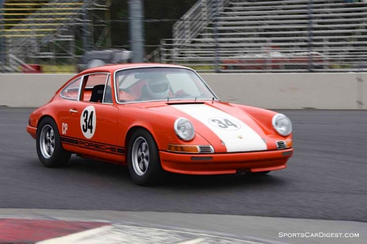 Dick Loofburrow's 1972 Porsche 911S at Portland Historic Races 2015