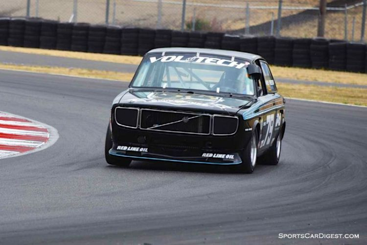 Rob Godron's 1971 Volvo 142E at Portland Historic Races 2015