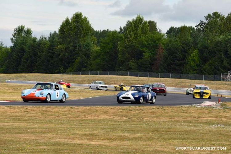 Closed Wheel Enduro field at Portland Historic Races 2015