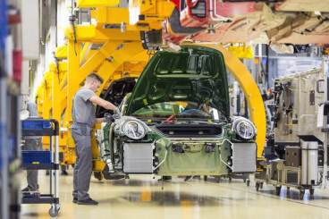 One-millionth Porsche 911 in the assembly