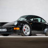 Porsche 964 Leichtbau Tops Silverstone Auction