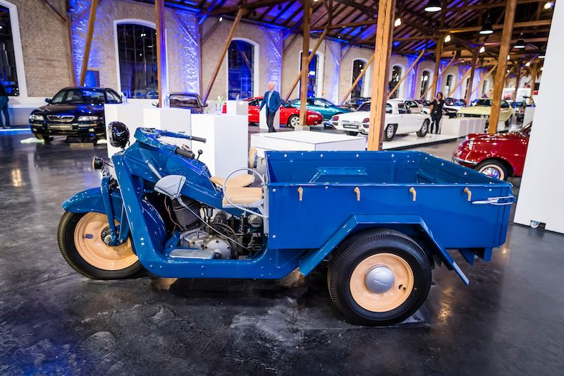 Mazda GO 1950