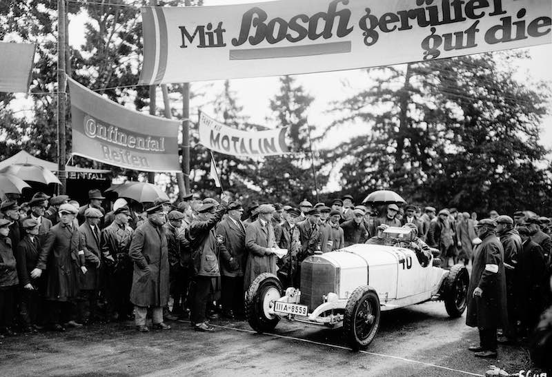 Racing round the Solitude, 18 September 1927. Otto Merz (starting number 46) won the class of sports cars over 3 litres displacement in a Mercedes-Benz Model S two-seater racing model.