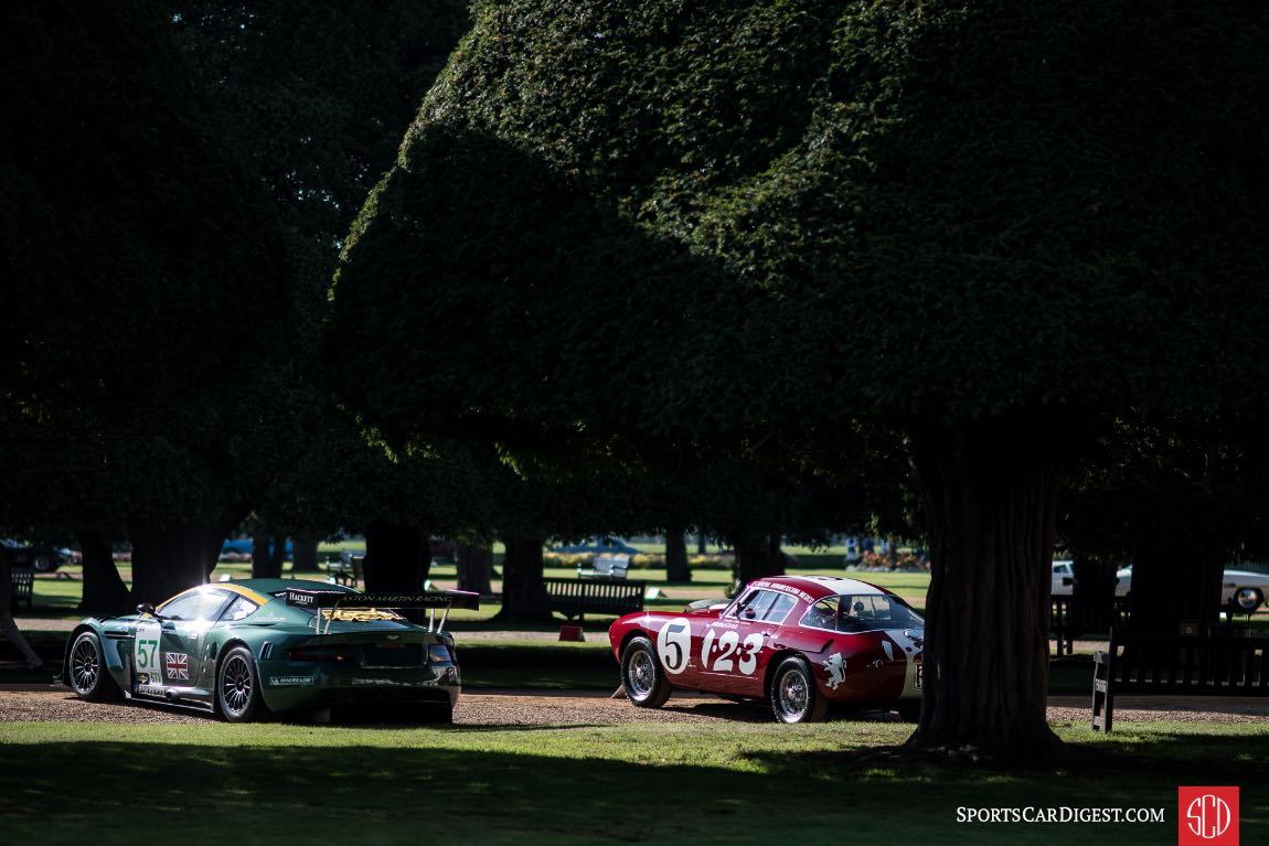 2005 Aston Martin DBR9/01 and 1953 Ferrari 250 MM