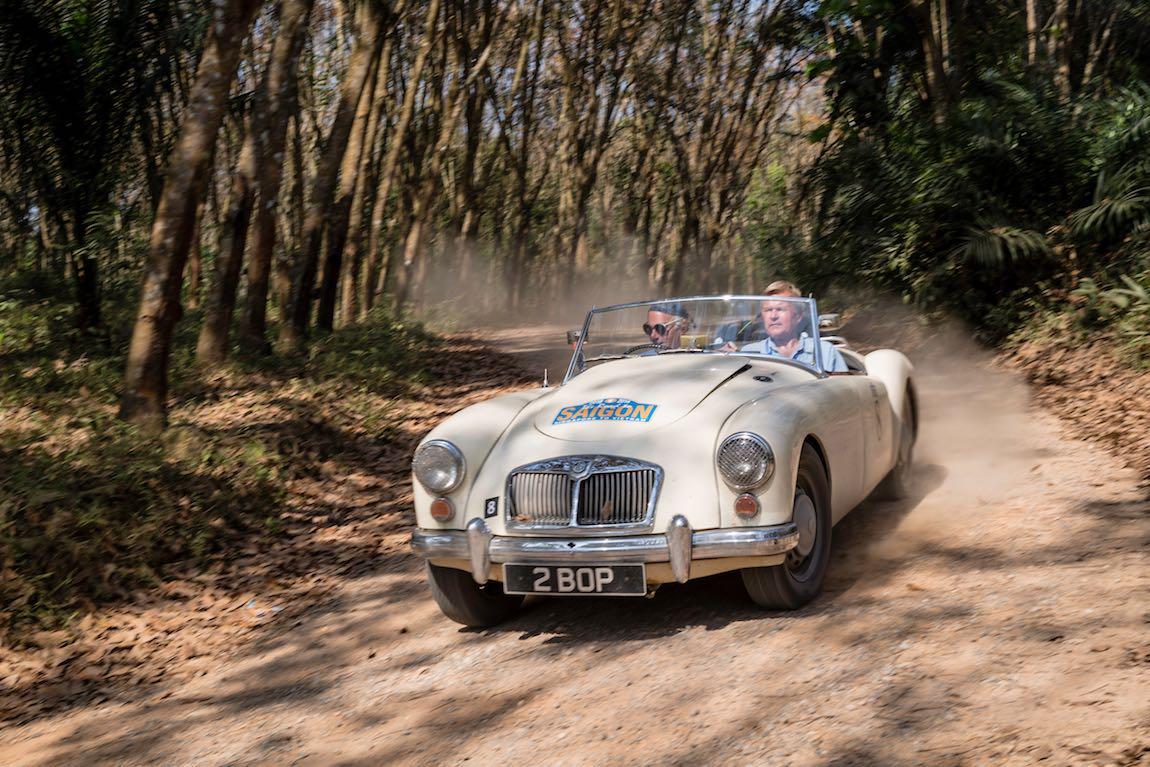 Car 08. Charles Stuart-Menteth (GB) / John Carter (GB) 1962 MG A Mk II