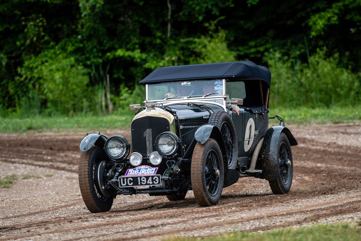 Bill Holroyd (GB) / Julie Holroyd (GB) 1927 Bentley 4.5 Vanden Plas Tourer