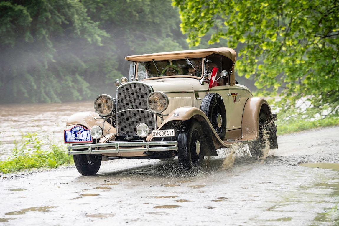 Joe Dillier (CH) / Heidi Dillier (CH) 1930 Chrysler 70 Roadster