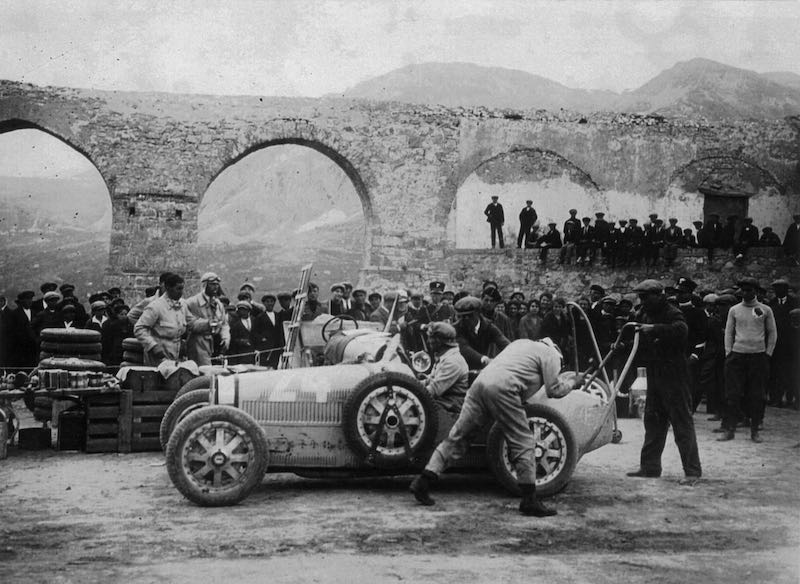 Emilio Materassi in the Bugatti Type 35C during the 1927 Targa Florio