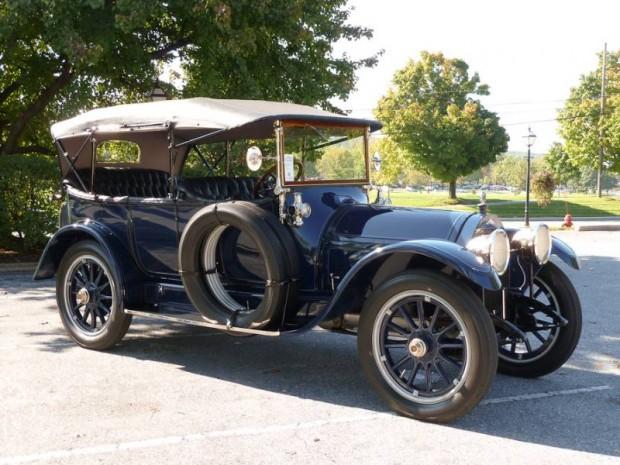 1913 Stevens-Duryea Model C 5-Passenger Touring
