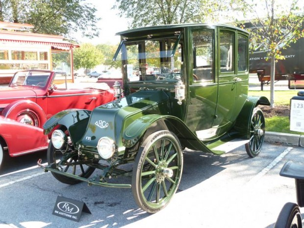 1913 Argo Model C Electric Fore-Drive Limousine
