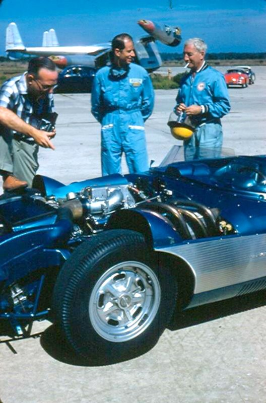 John Fitch and Zora Duntov prior to the 1957 12-Hours of Sebring.