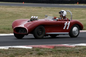 Bruce Glascock in his #11 Crosley Ford Flat Head.