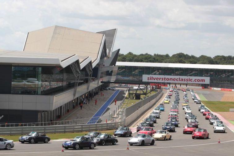 Porsche 911 Parade at Silverstone Classic