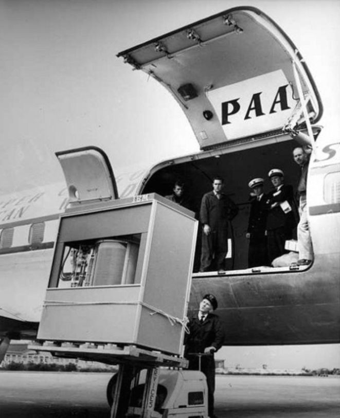 An IBM 305 RAMAC computer like this was airlifted to Sebring for the race. It was kept under armed guard at the airport until installed by IBM engineers at the track. Computer History Museum photo.