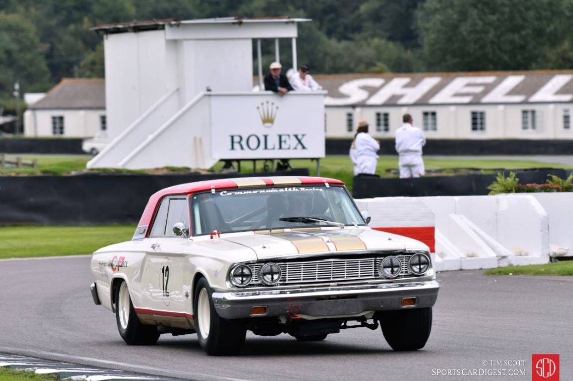 1964 Ford Fairlane Thunderbolt driven by Tom Kristensen and Henry Mann