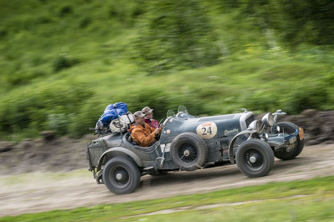 Car 24. Claus Coester(CH) / Tjorven Schroeder(D)1935 - Bentley Sport Special 4257, Peking to Paris 2016., Peking to Paris 2016. Day 17. Tyumen - Ekaterinberg