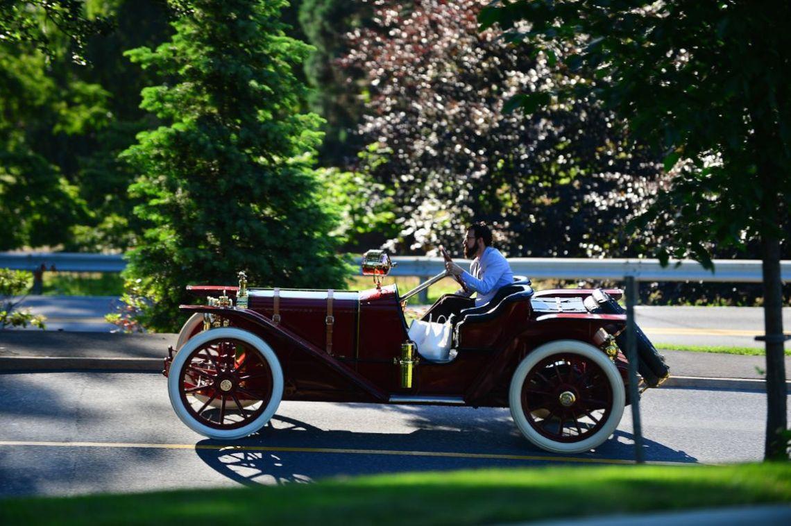 1911 Regal Twenty Model N, Underslung.