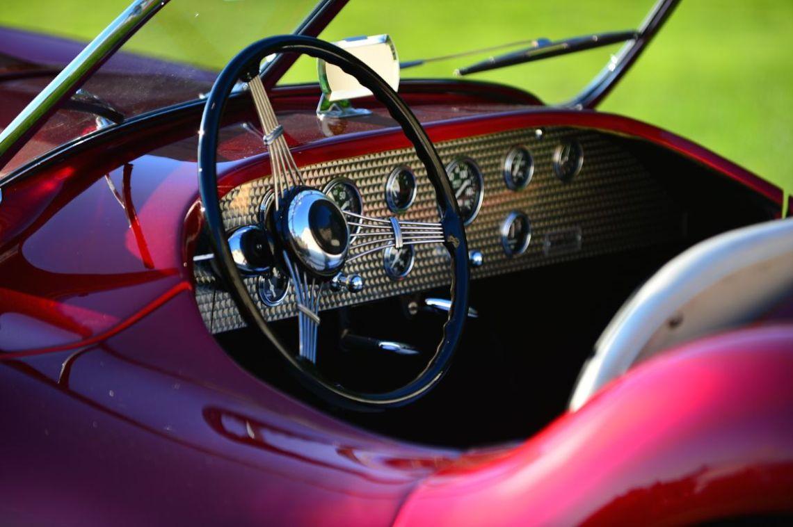 1946 Glasspar G-2 Roadster.