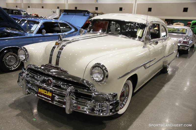 1953 Pontiac Chieftain 2-Dr. Hardtop