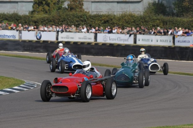 Barrie Baxter - Tecnica Meccanica Maserati 250F tries to not use the mirrors