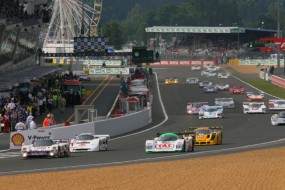 Start of previous Group C vintage race at Le Mans