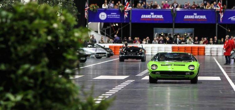 Lamborghini Miura on The Grand Avenue