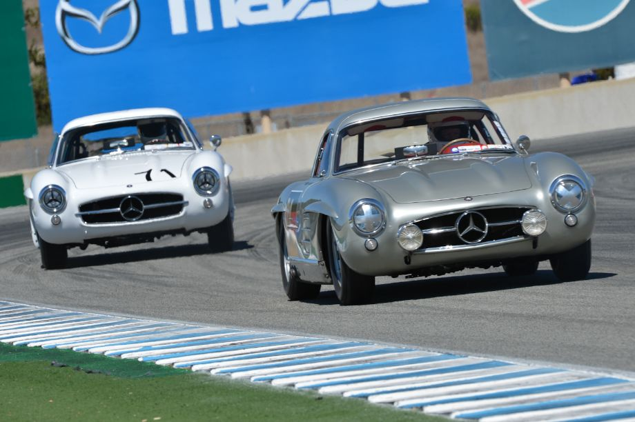 Twins - Mercedes-Benz 300SL Gullwings.
