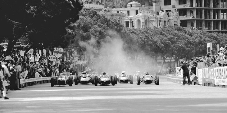 Start of the 1961 Monaco Grand Prix picture