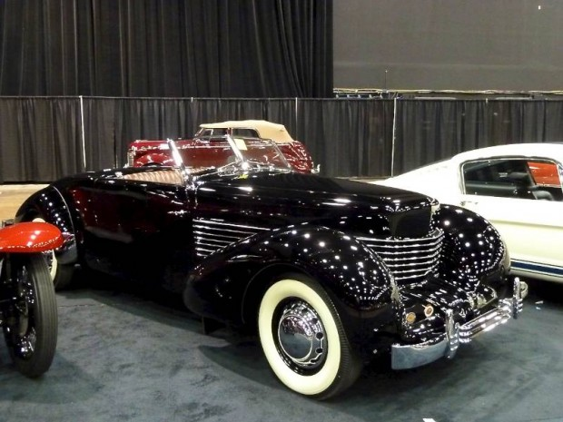 1936 Cord 810 Convertible Coupe 'Sportsman'
