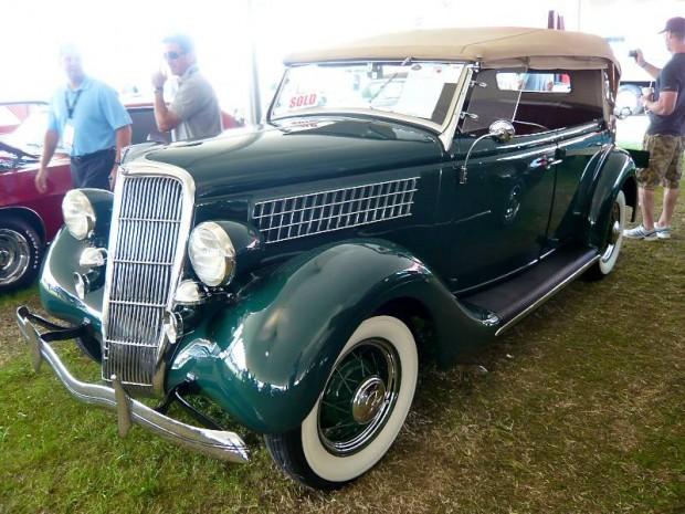 1935 Ford Model 48 Phaeton