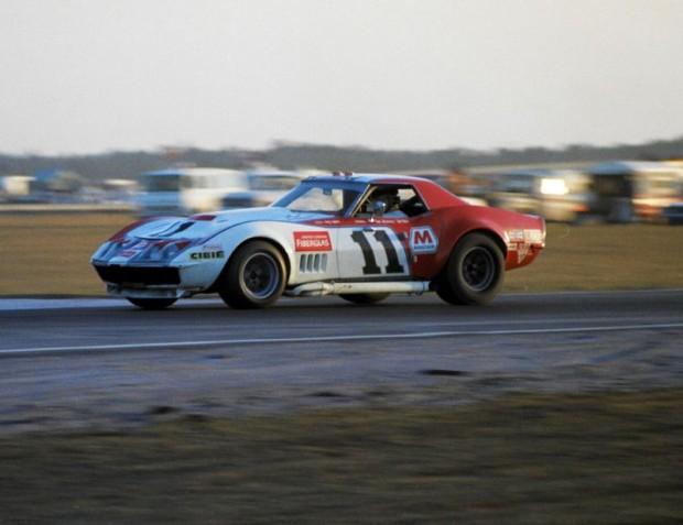 Owens Corning Corvette of Tony DeLorenzo and Don Yenko