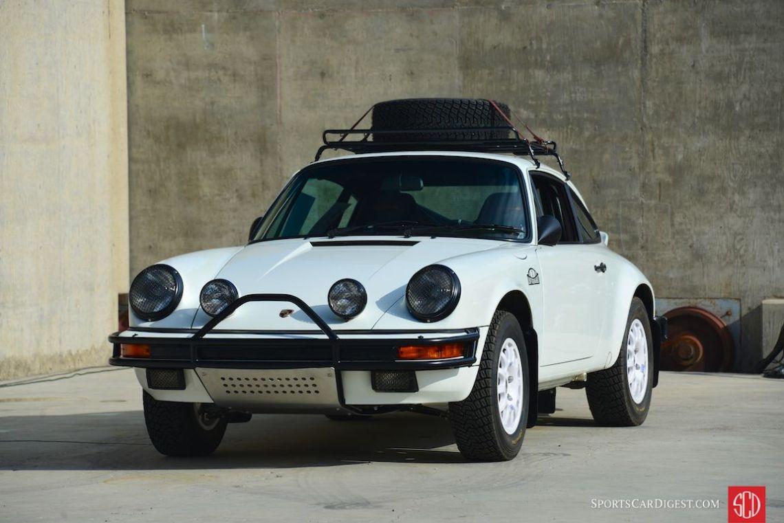 """Luft Auto"", the Luftgekühlt team's interpretation of a rally-style 911 (Photo: Trevor Ely)"