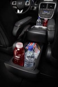 minivan interior cupholders