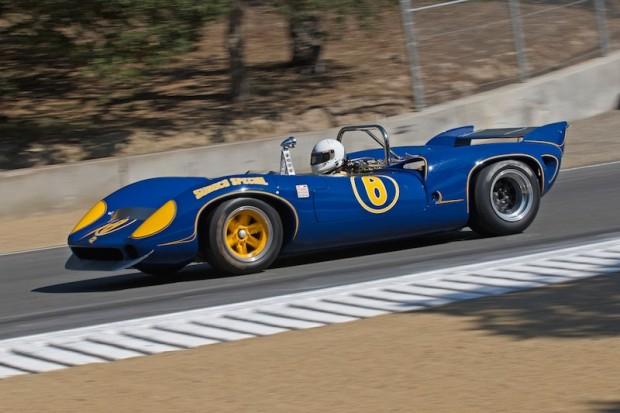 Patrick Ryan - 1967 Lola T70 MK III into turn 8