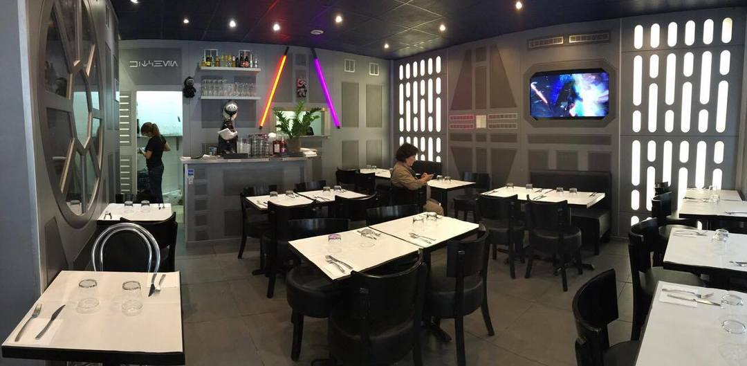 The Star WarsThemed Crepe Caf in Paris That Everyone is