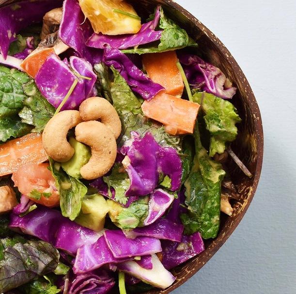 Thai, salad, coconutbowl, Healthy, Vegan, glutenfree, kale, Cashews, homemade