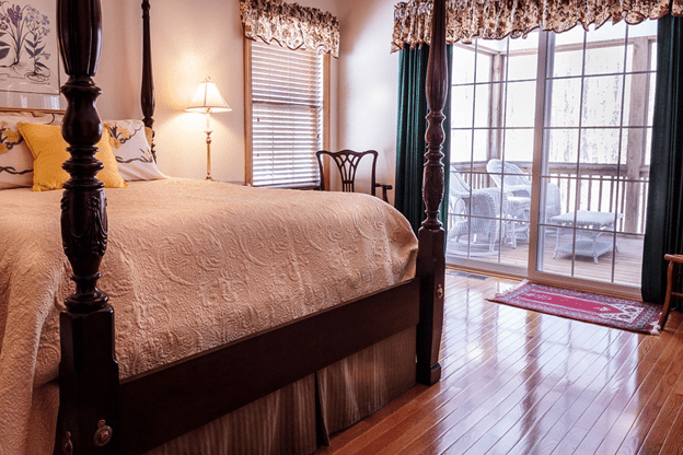 custom-window-treatments-gallery-of-shades.png