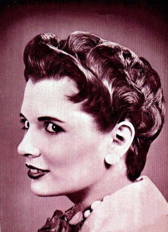 1950's Hairstyles - Petal Coif