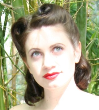 1940's Hairstyles - Victory Rolls