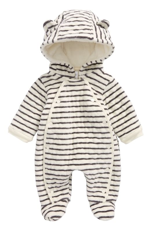 18-Gender-Neutral-Baby-Looks-We're-Loving-Right-Now-Nordstrom-Baby-Hooded-Bunting