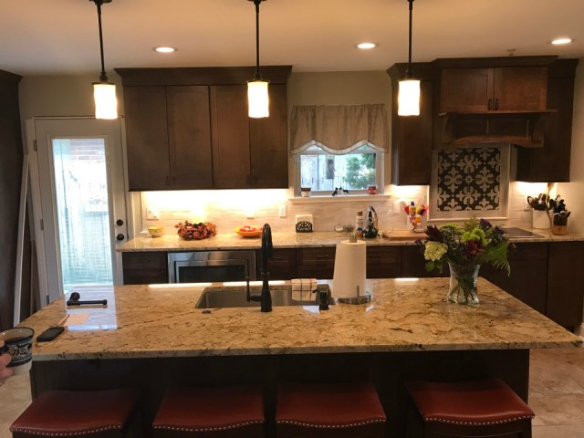 Kenner, LA - Electrical Kitchen remodel and upgrade, sweet :) for a family in Kenner, LA.